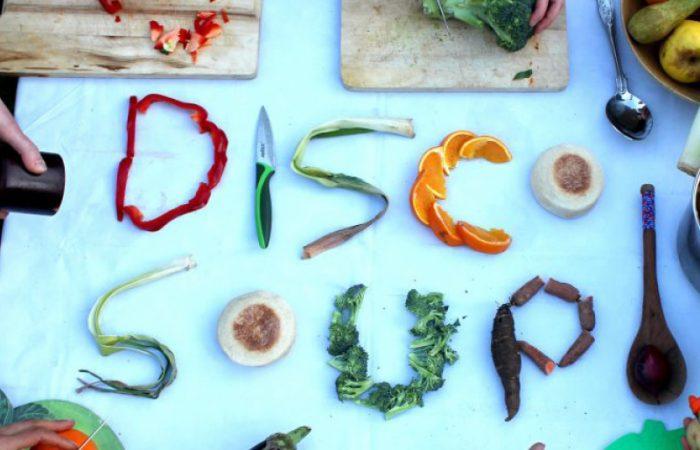 Lute contra o desperdício de alimentos de uma forma divertida com o World Disco Xepa Day