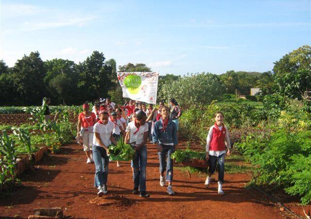 Pollenzo rinde homenaje a la agroecología cubana