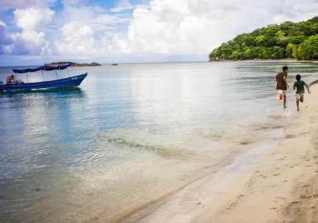 ¡El turismo está muy lejos de ser sostenible! entrevista con Ana Isabel Márquez