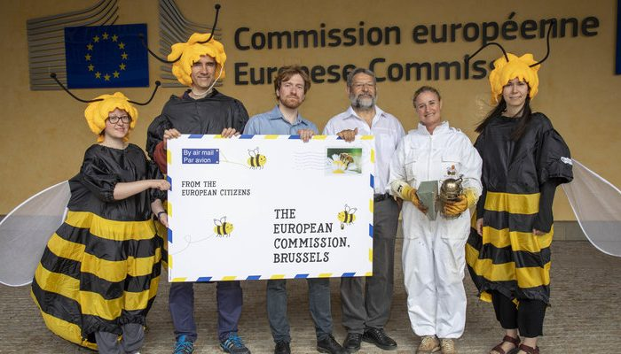 European Civil Society Groups Urge the EU Commission to #SaveBeesandFarmers