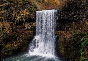 Todos por el agua: Nueva Constitución, voluntades de papel y fierros secos